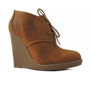 Enzo Angiolini Eaflory Suede wedge bootie 7.5